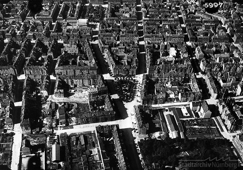 Luftbild des Kopernikusplatzes. Quelle: Stadtarchiv Nürnberg.