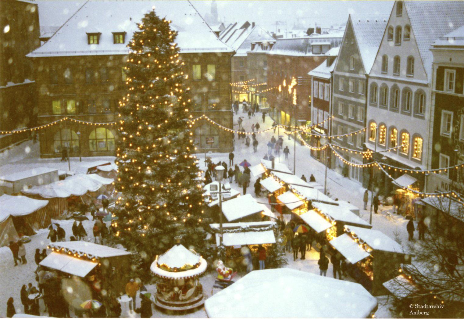 Wo Ist Heute Ein Weihnachtsmarkt.Heute Wird In Amberg Der 30 Weihnachtsmarkt Eröffnet Stadtarchive