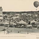 Postkarte vom Aufstieg der Luftschifferin Miss Polly mit ihrem Riesenballon über dem Volksfest von 1903 (Stadtarchiv Nürnberg A 5 Nr. 4864)
