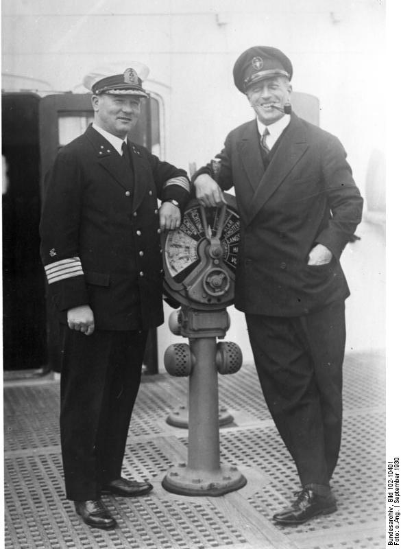 Luckner bei seiner Ankunft in Bremen 1930